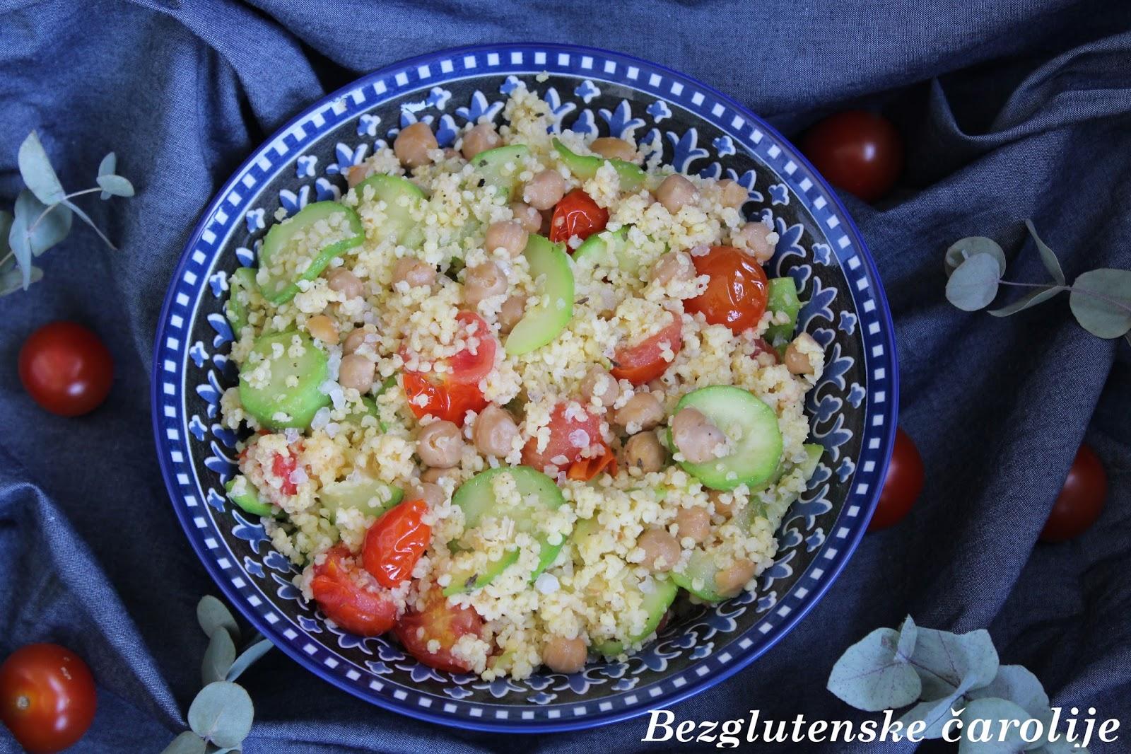 Salata od prosa i lebleblija (slanutka)