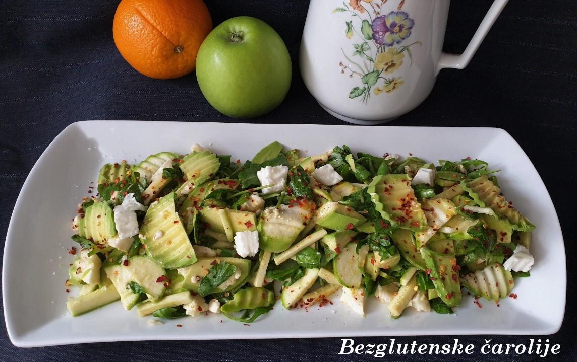 Gluten free salata sa mocarelom, avokadom i ljutom paprikom #EatSmartChallenge